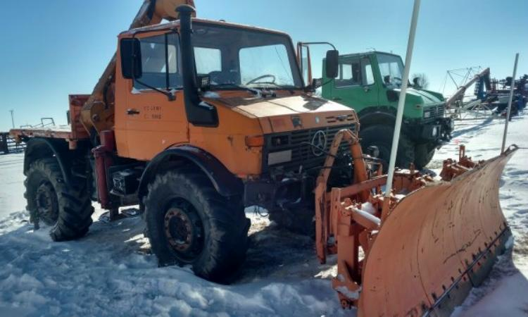 http://unimog.net/exchange/photos/180105-10.jpg